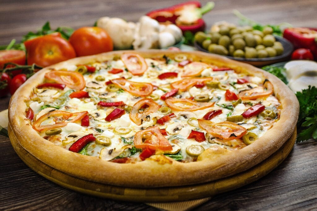 Pizza Hut – Model Town Square Parade