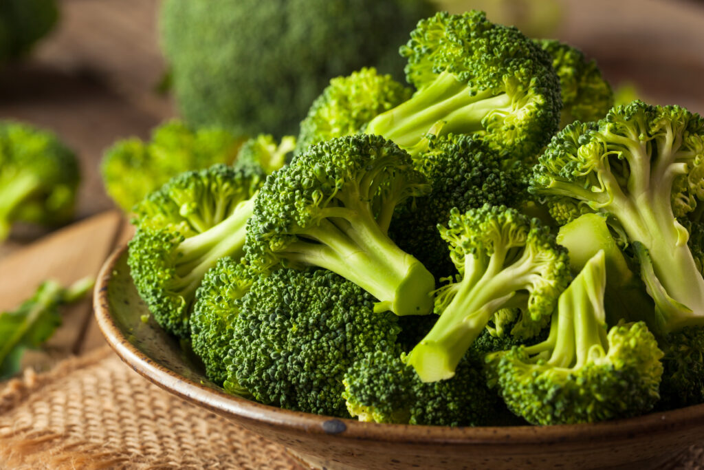 Broccoli 101: Nutrition, Health Benefits, and Potential Downsides