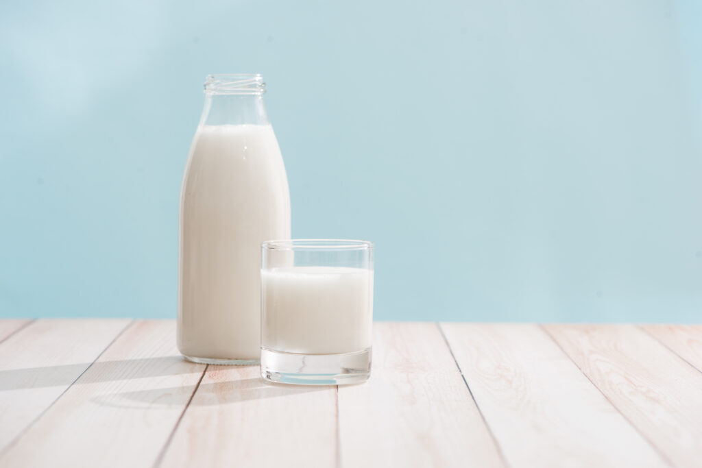 Packed Milk VS Fresh Milk - Which One is Better?